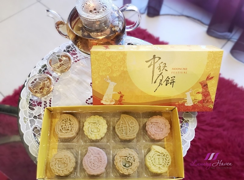 mid autumn festival fresh fruits snowskin mooncakes