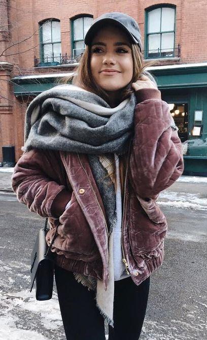 comfy look | velvet jacket + scarf + hat + bag + black skinnies