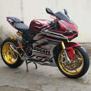 MOGE BEKAS DIJUAL : Ducati ST2 Tahun 2002