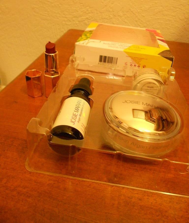 unpackaged-beauty-canvas-set.jpeg