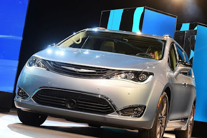 100 Mobil Minivan Fiat Chrysler Dengan Teknologi Google
