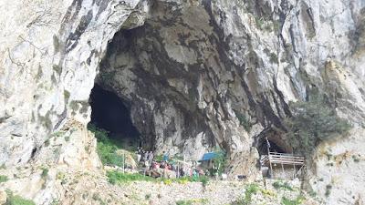 Μέσα σε σπηλιά, ψηλά στο βουνό Γκορίλας Παραμυθιάς, εορτάστηκε ο άγιος Αρσένιος στην ομώνυμη σκήτη