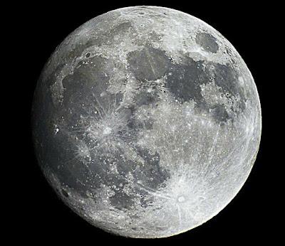 Moon-Image-Canon-EOS-550D