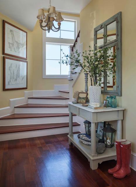 Дизайн-проекты. Мечтательный домик в Новой Англии с видом на море