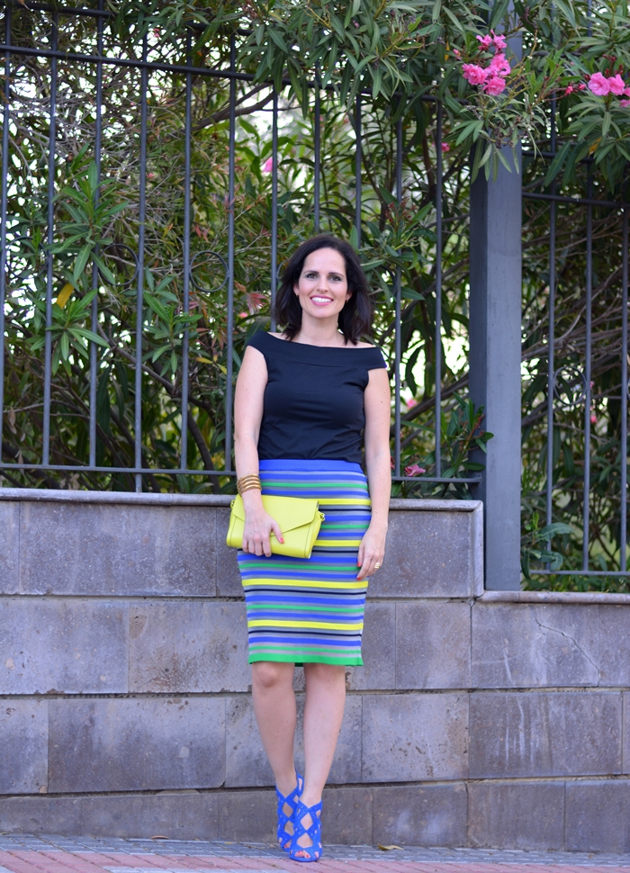 zara-sandals-and-pencil-skirt-outfit