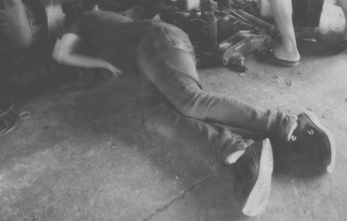 Lo ejecutan frente a sala de Juicios Orales, en Acayucan