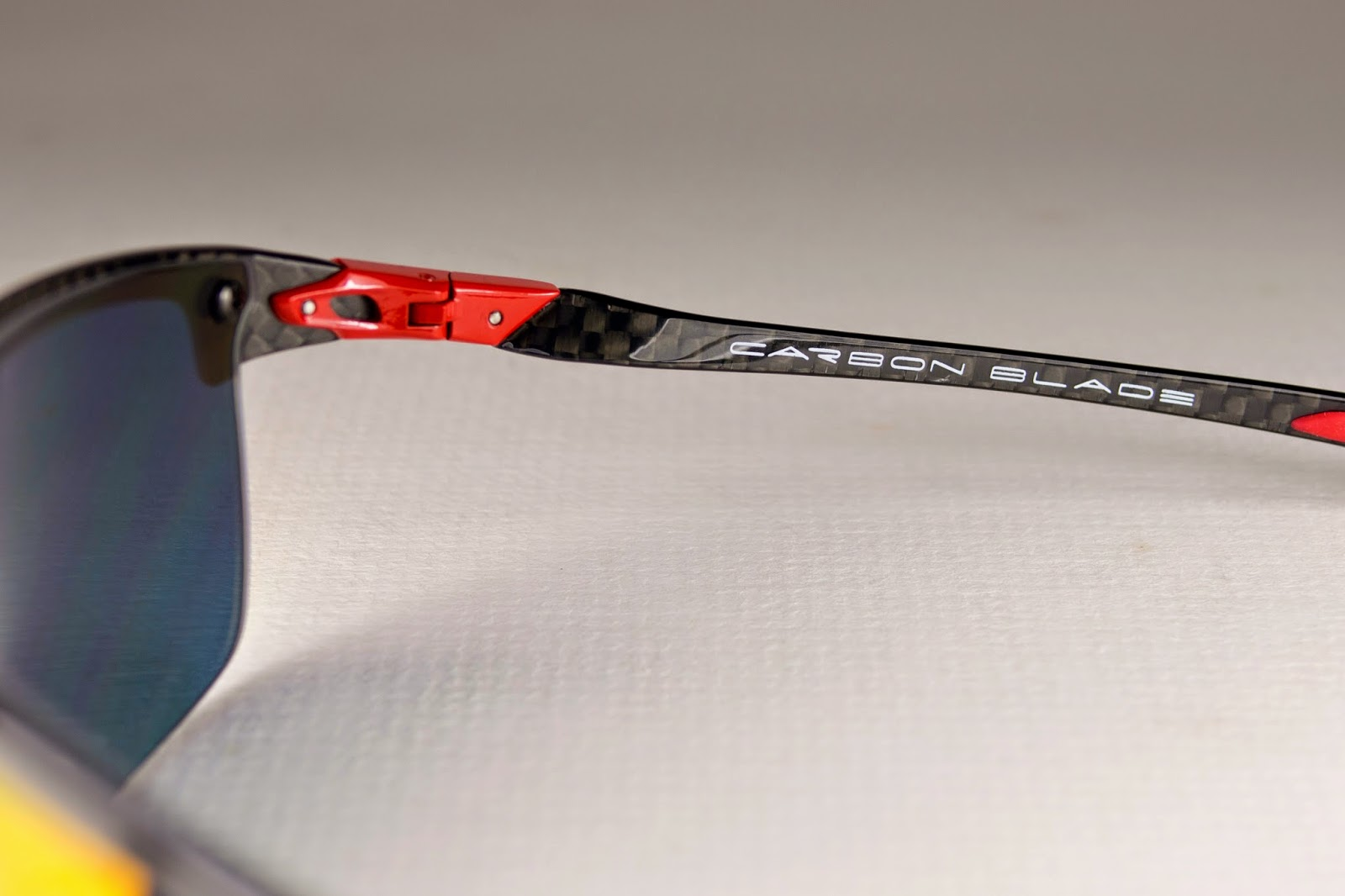 22d4e00c3d Oakley Carbon Blade Red « Heritage Malta