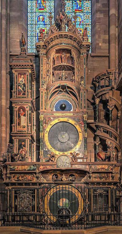 Relógio astronômico da catedral de Estrasburgo.