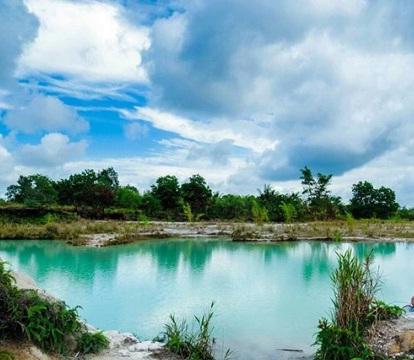 danau biru singkawang wisata pontianak
