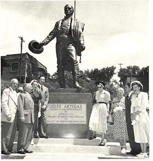 Inauguración estatua de Artigas en la ciudad tocaya de Montevideo