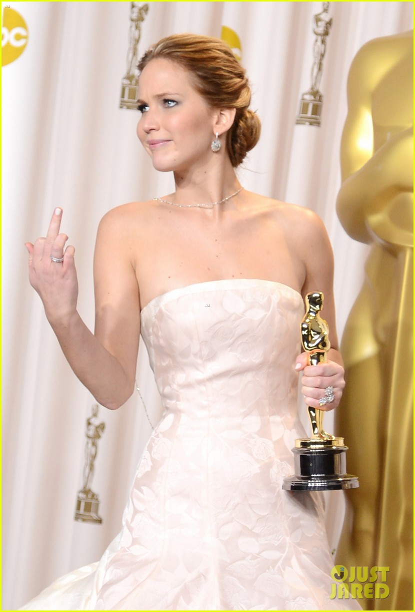 Welcome to District 12: Jennifer Lawrence Oscar 2013 Roundup