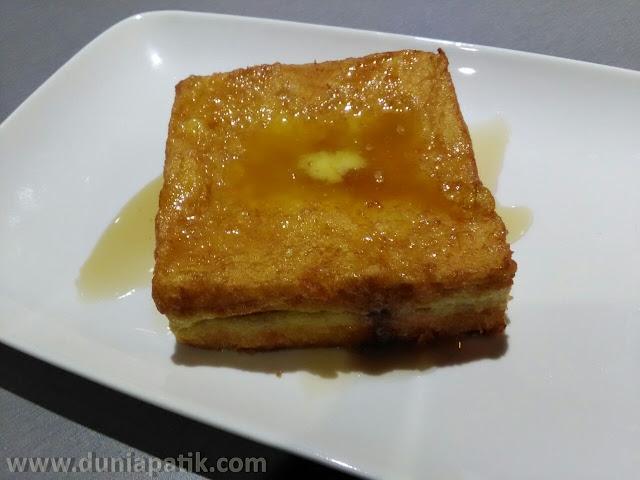 Roti Bakar bersama madu