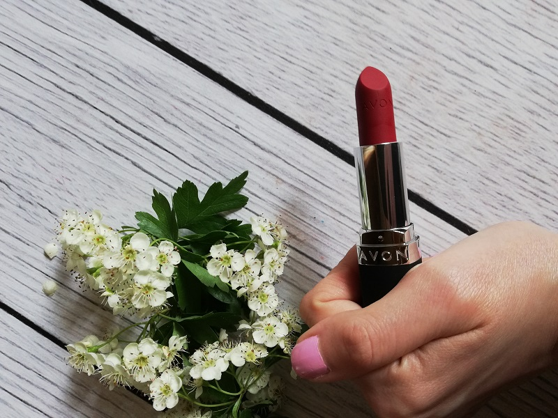 Avon True Color Crimson Tide