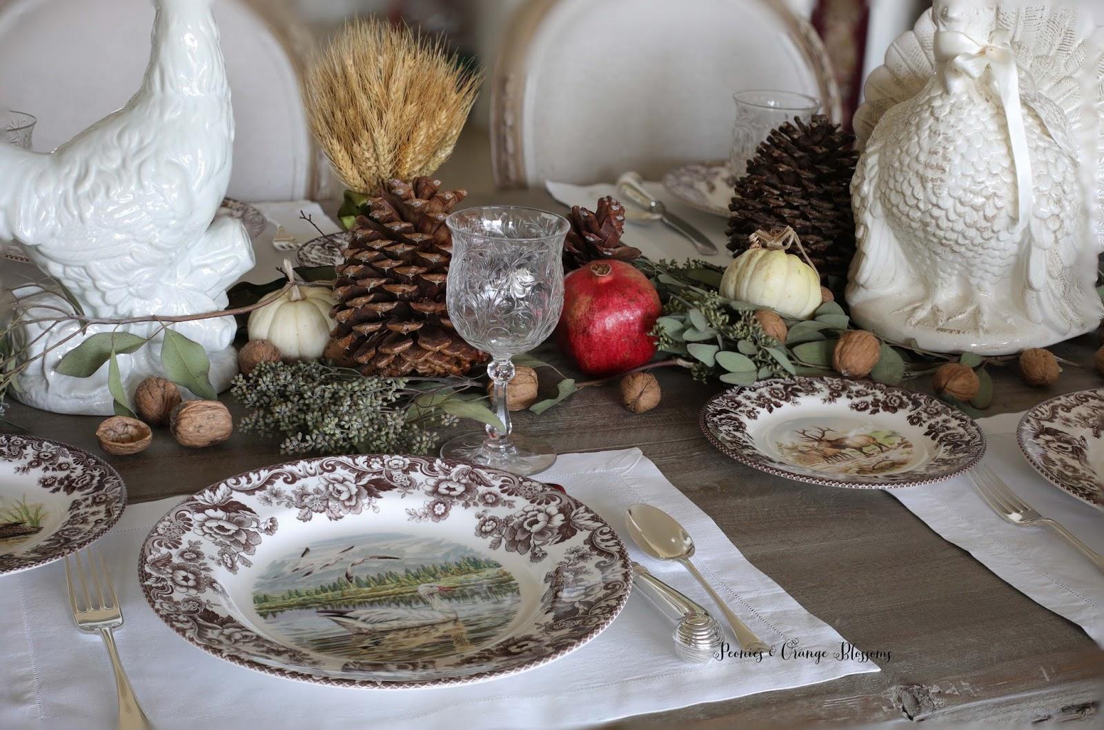 Natural Farmhouse Thanksgiving Table