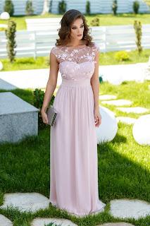 Rochie Sienna roz pudrat lunga cu dantela si broderie la bust1