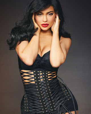 Kylie Jenner sexy photos