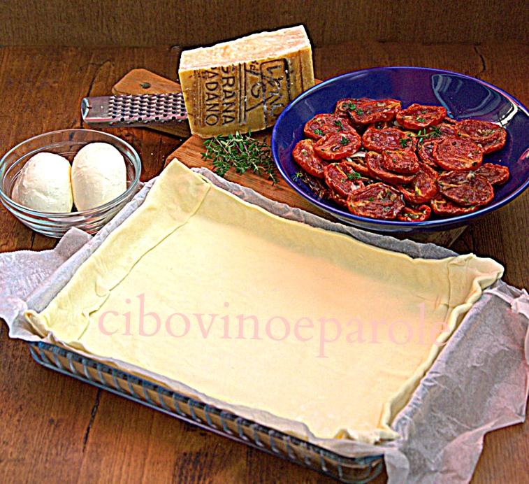 Ingredienti torta salata pomodori e mozzarella