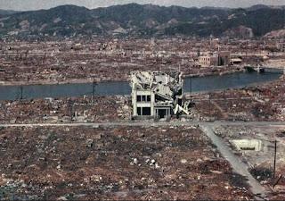perang bom nuklir
