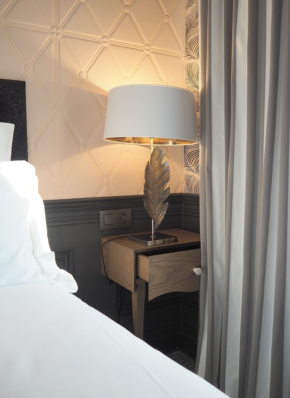 paris hotel review