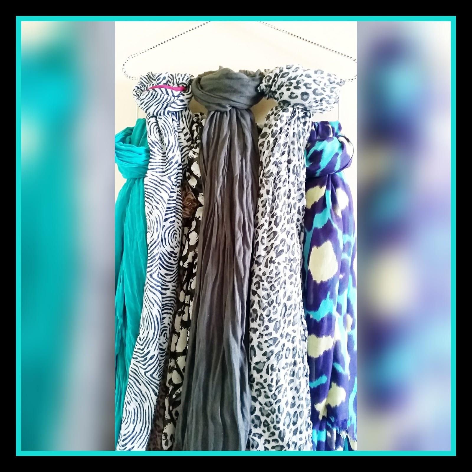 astuce pour ranger ses charpes et foulards crazy addict. Black Bedroom Furniture Sets. Home Design Ideas