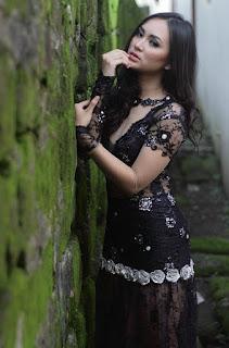 foto Fotografi Foto model Igo Cantik Devi dari Makassar indonesia