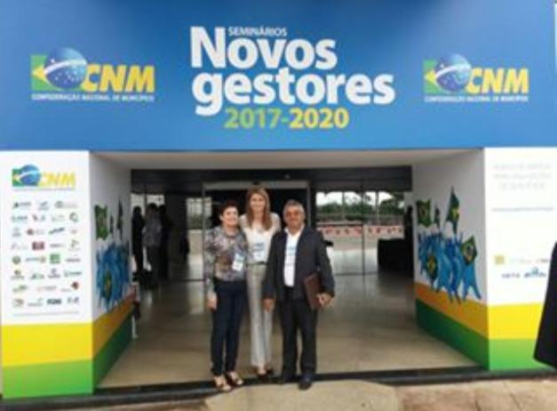 Prefeitos Zé da Emater e Maristela Sena cumprem maratona de compromissos após Seminário em Brasília