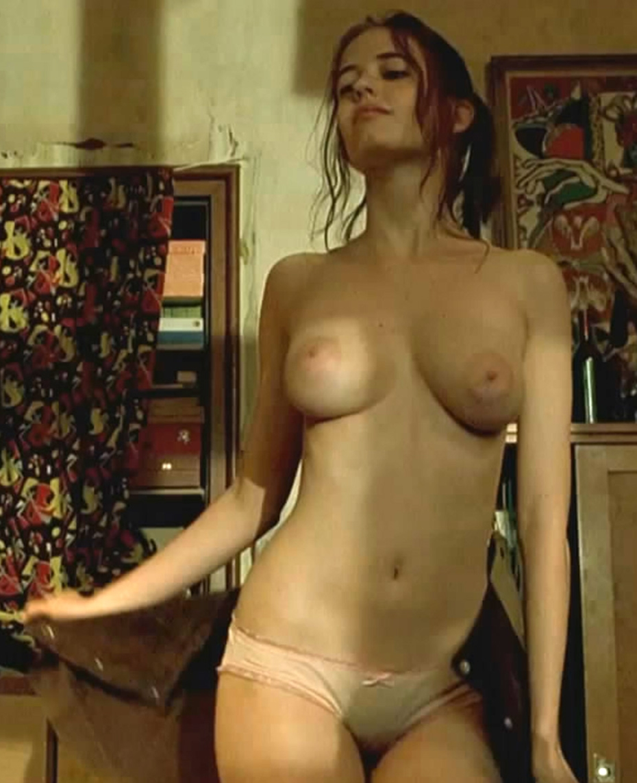 Actresses Have Appeared Nude In The Images