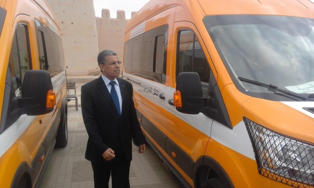 تارودانت..عامل الإقليم يشرف غدا السبت على توزيع حافلات للنقل المدرسي لفائدة تلاميذ العالم القروي