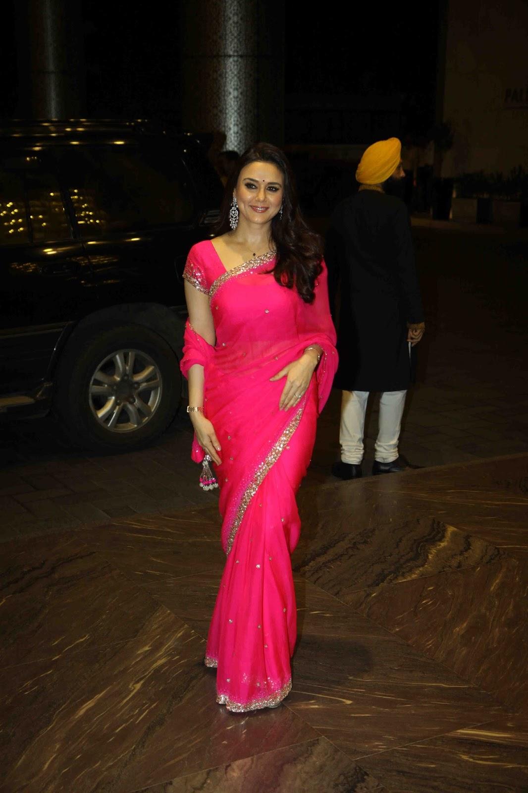 fit-girls-preity-zinta-bollywood-actress-nude-celeb