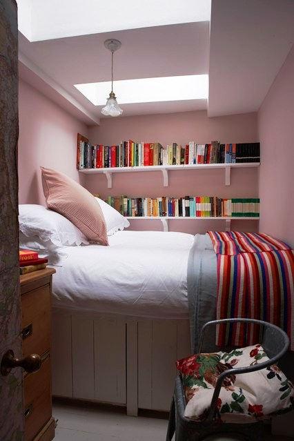 Penataan Furniture Kamar Tidur Kecil Minimalis Sederhana