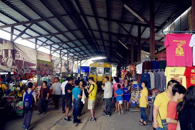 Maeklong Station
