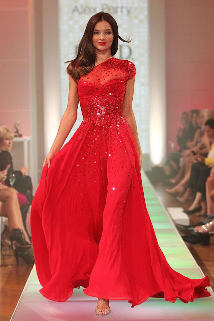 http://www.starcelebritydresses.com/miranda-kerr-t-stage-sequin-red-celebrity-dress-79.html