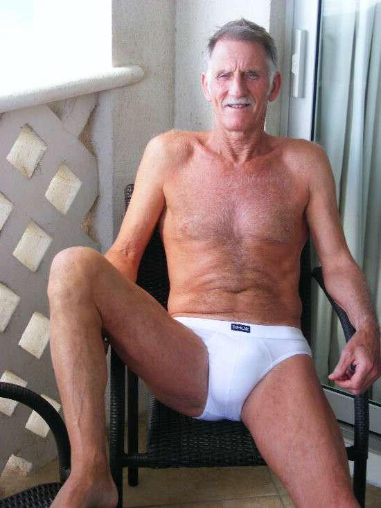 Gay Maduros Blog 3