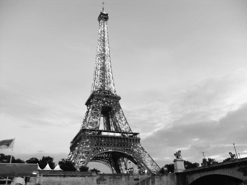 Eiffel Tower Images Black And White: Paris: Paris Eiffel Tower Black And White