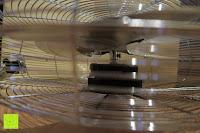 Seitenansicht: Andrew James großer 45cm Bodenventilator aus Metall – 100 Watt, kraftvoller Luftfluss, 3 Geschwindigkeitseinstellungen und verstellbarer Neigung – 2 Jahre Garantie