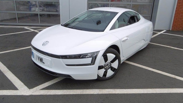 One of the 200 Volkswagen XL1 that was sold before the Dieselgate exploded can be yours