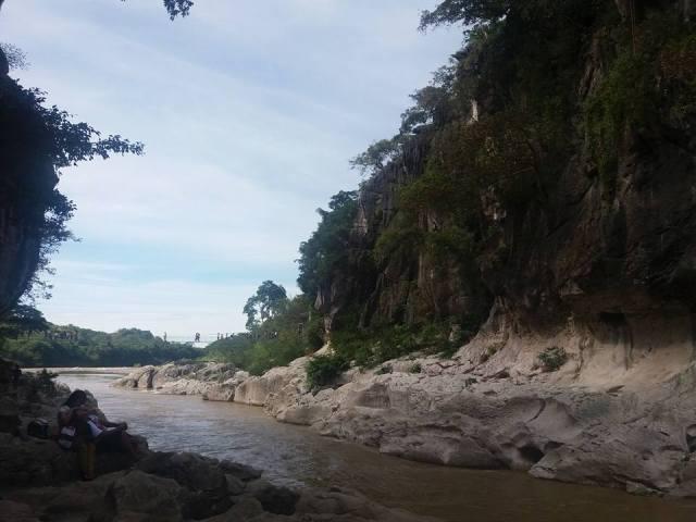 Minalungao National Park Canyon