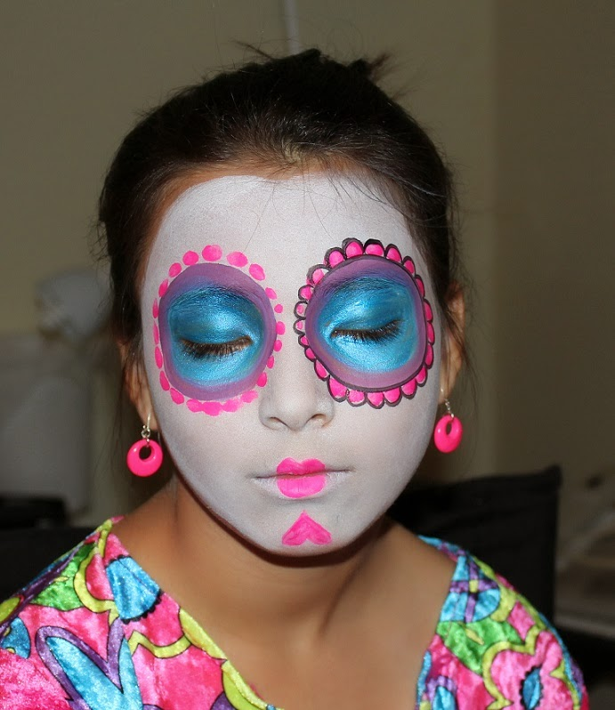 Face Painted Day of Dead Sugar Skull Mask Tutorial | Paint ...