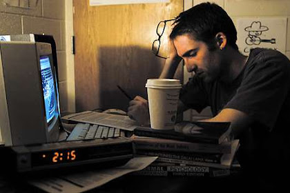 12 Bahaya Jika Sering Begadang Setiap Malam