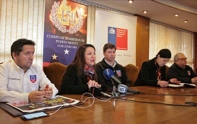Bomberos firmó convenio para prevenir acoso en cuarteles