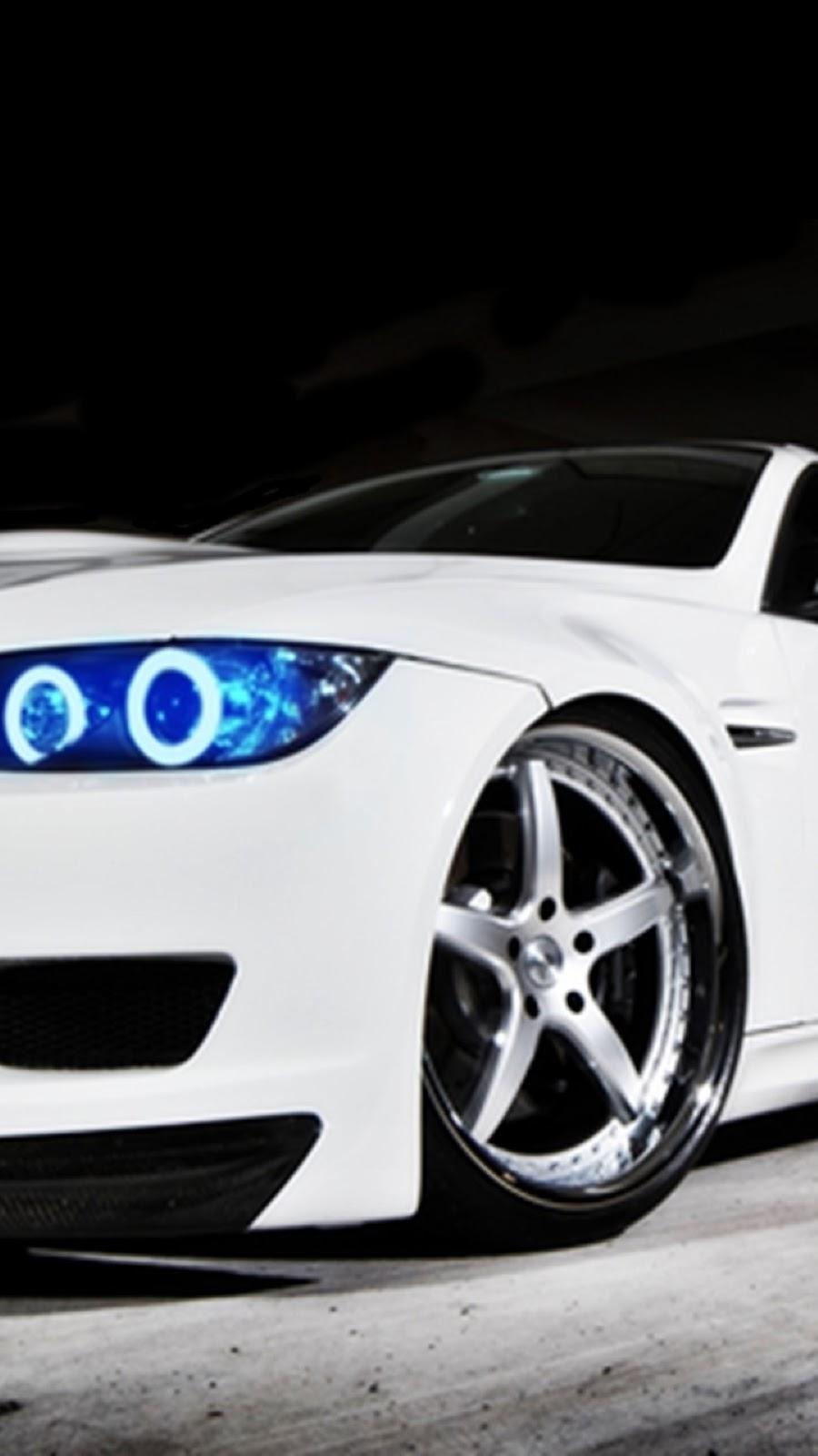 Wallpaper Android BMW M3 Putih Biru