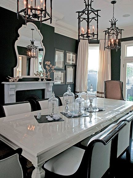 Chinoiserie chic black and white chinoiserie dining room for Black and white dining room decor