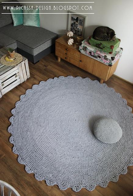 Puf ze sznurka – dziergana poduszka