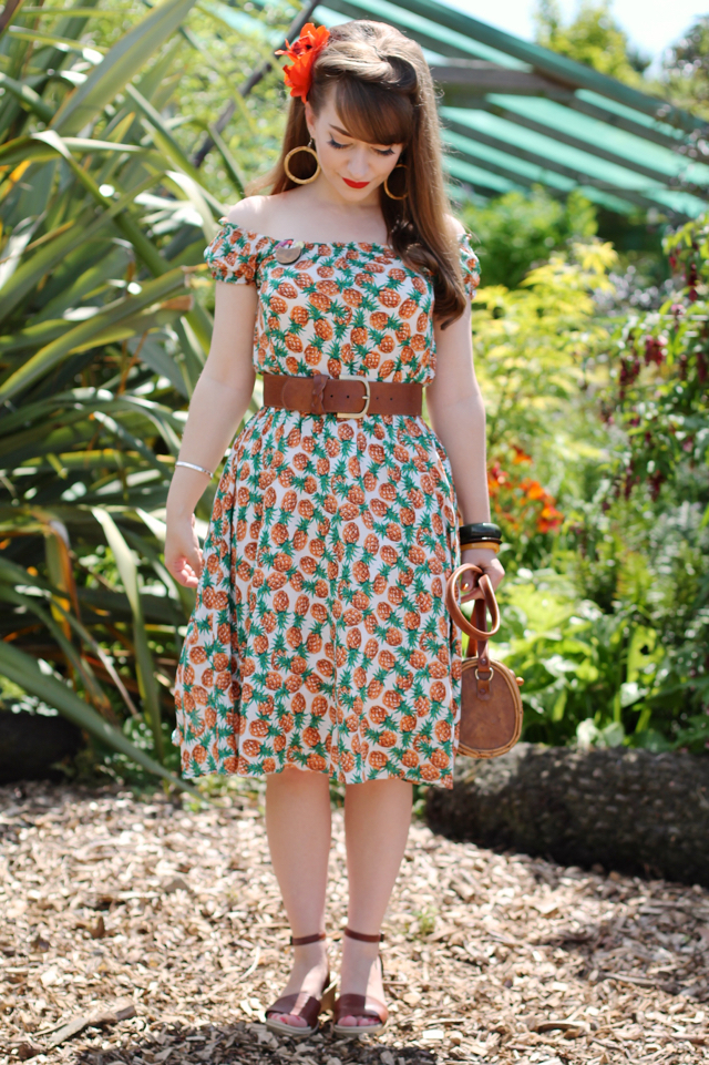 Tropical pin-up outfit featuring Collectif Renie pineapple gypsy dress