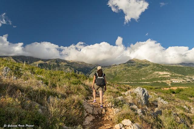 Playa de Gjipe, sendero regreso - Himara, Albania por El Guisante Verde Project