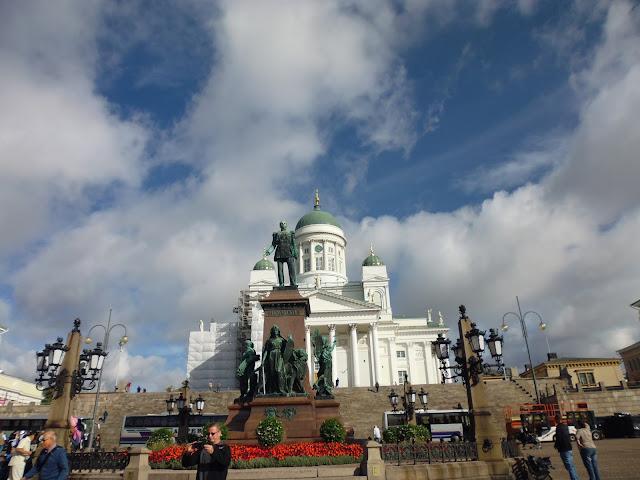 Estatua del zar Alejandro II (1894) en la Plaza del Senado