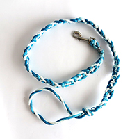 http://www.ohohblog.com/2015/07/how-to-make-dog-braided-leash.html