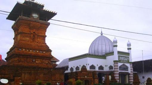 Akulturasi Hindu Budha Dan Islam