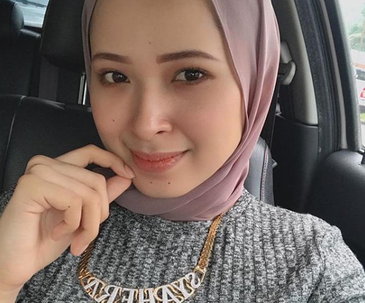 Gambar Aen Syahera, Jutawan Kosmetik Muda Dari Kelantan