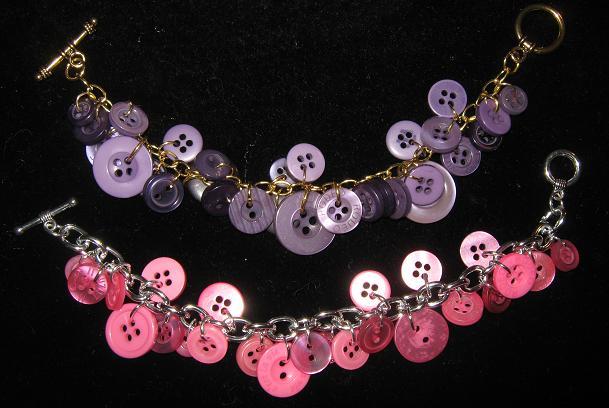http://3.bp.blogspot.com/-I-k7ar_nU10/TcLoIlS9S1I/AAAAAAAAAKk/WA63RCc15m0/s1600/Pink+%2526+Purple+Button+Bracelet.jpg
